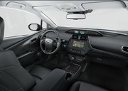 2019-Toyota-Prius-Plug-in-Hybrid-6