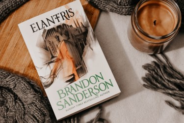 Book Review: Elantris by Brandon Sanderson