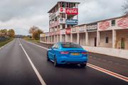 2020-Jaguar-XE-Reims-Edition-3