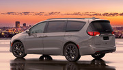 2020-Chrysler-Pacifica-Red-S-Edition-64