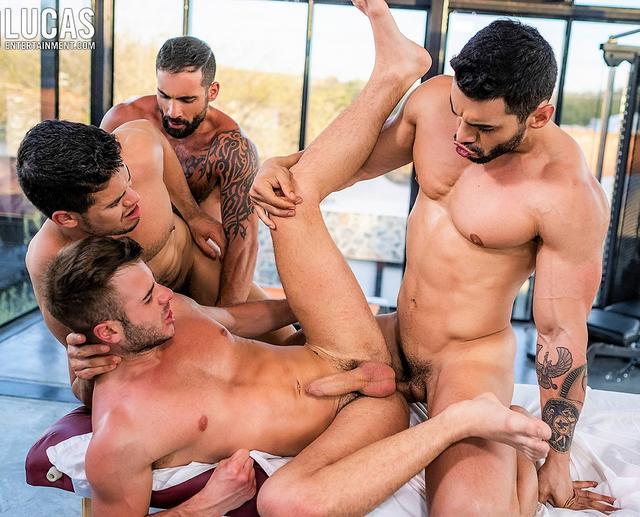 Arad Winwin, Rico Marlon, And Edji Da Silva Pass Around Allen King