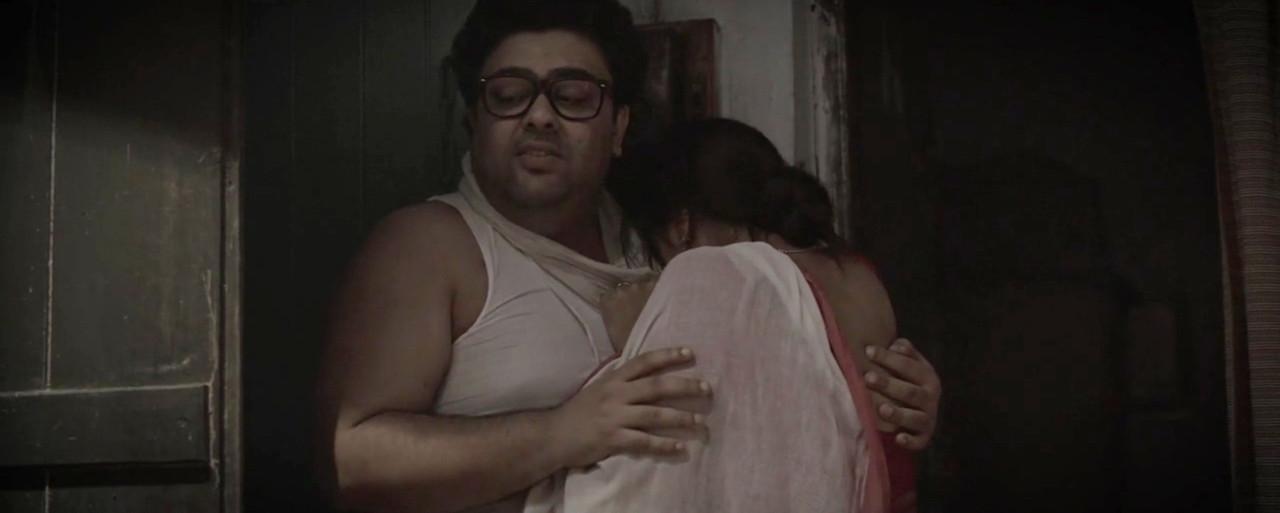Hoyto Manush Noy Movie Screenshot