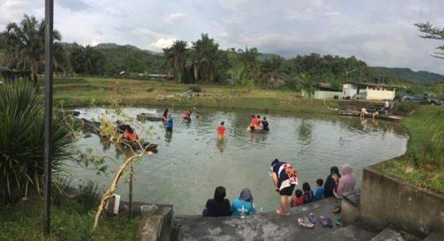 kolam air panas sungai Lalang
