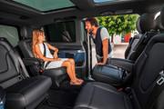 2020-Mercedes-Benz-EQV-12