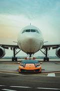 Lamborghini-Hurac-n-RWD-Follow-Me-at-Bologna-Airport-7
