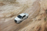 Toyota-Hilux-2019-Special-Edition-38