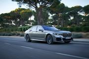 2020-BMW-7-Series-21