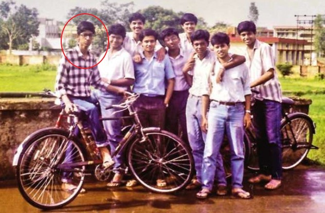 Sundar Pichai in his college days with friends