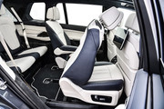 2020-BMW-X7-100