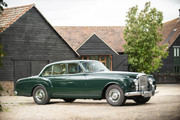 Bentley-S2-Continental-Flying-Spur-1