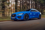 2020-Jaguar-XE-Reims-Edition-12