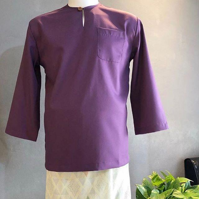 baju Melayu warna unggu