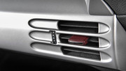 Porsche-Carrera-GT-restored-8
