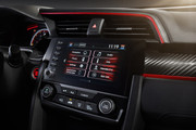 2019-Honda-Civic-Type-R-and-Civic-Hatchback-10