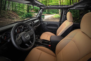 2020-Jeep-Wrangler-Willys-Black-Tan-special-editions-3