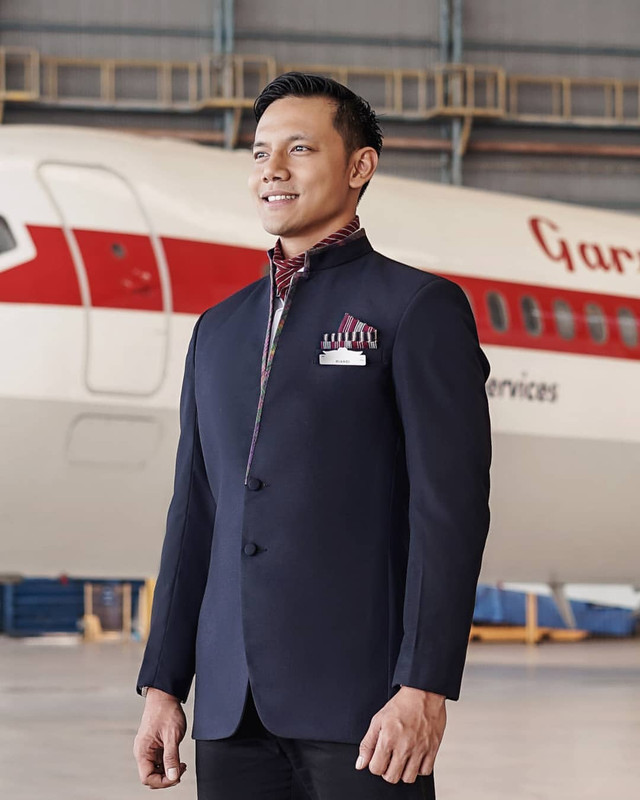 pakaian seragam