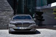 2020-BMW-7-Series-51