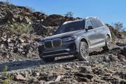 2020-BMW-X7-75