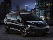2020-Chrysler-Pacifica-Red-S-Edition-29