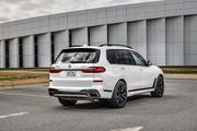 2020-BMW-X7-114