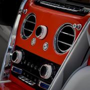 Rolls-Royce-Cullinan-in-Fux-Orange-22