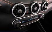 2020-Nissan-Sentra-12