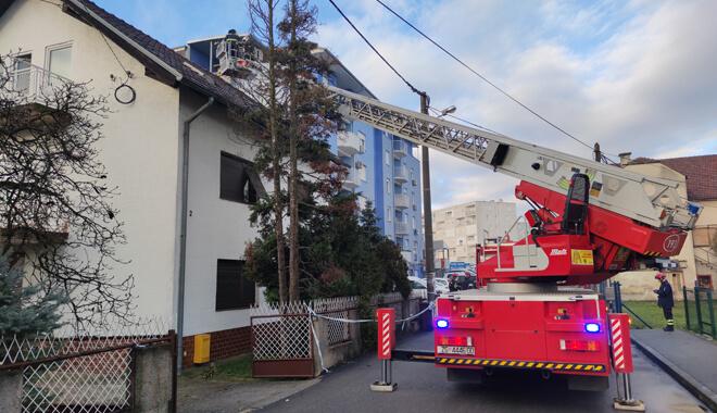 uklanjanje-dimnjaka-nakon-potresa-auto-ljestva