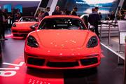 Porsche-718-Cayman-T-Porsche-718-Boxster-T-10