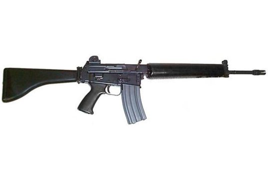 It would be a lot easier to pretend the sosigs are British if i had an  AR-18. Come out ye black and tans!: H3VR