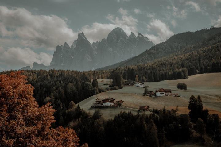 Scenic Landscape Wallpaper 🌄