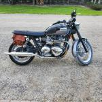 My 13 Bonneville T100 I M New To This Page And Just Want To See What Kind Of Modifications You Guys Have Done And If Anyone Has Any Suggestions On Good Places To