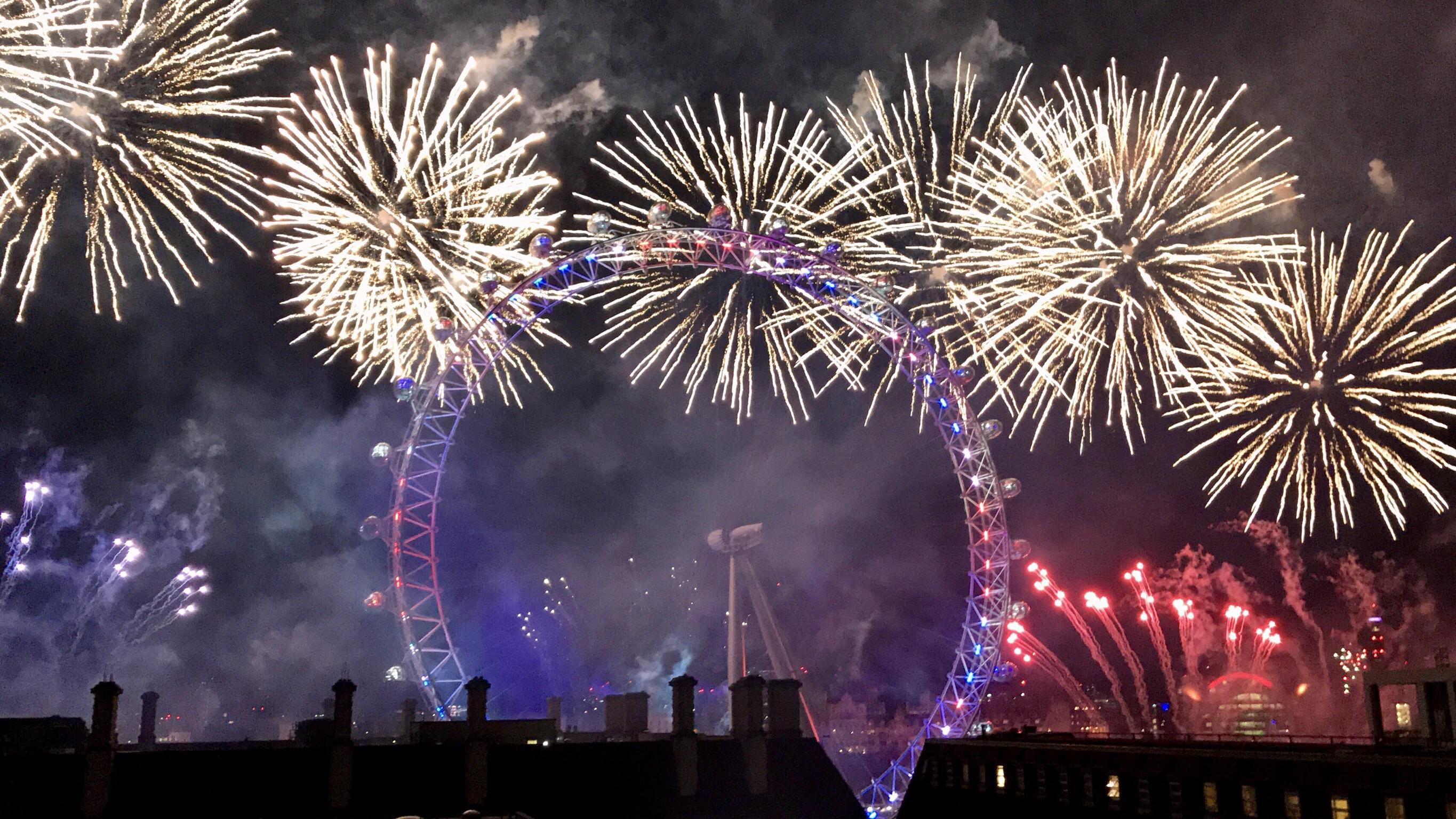 Visiting London from Texas  Amazing fireworks display  Happy New     Visiting London from Texas  Amazing fireworks display  Happy New Year image