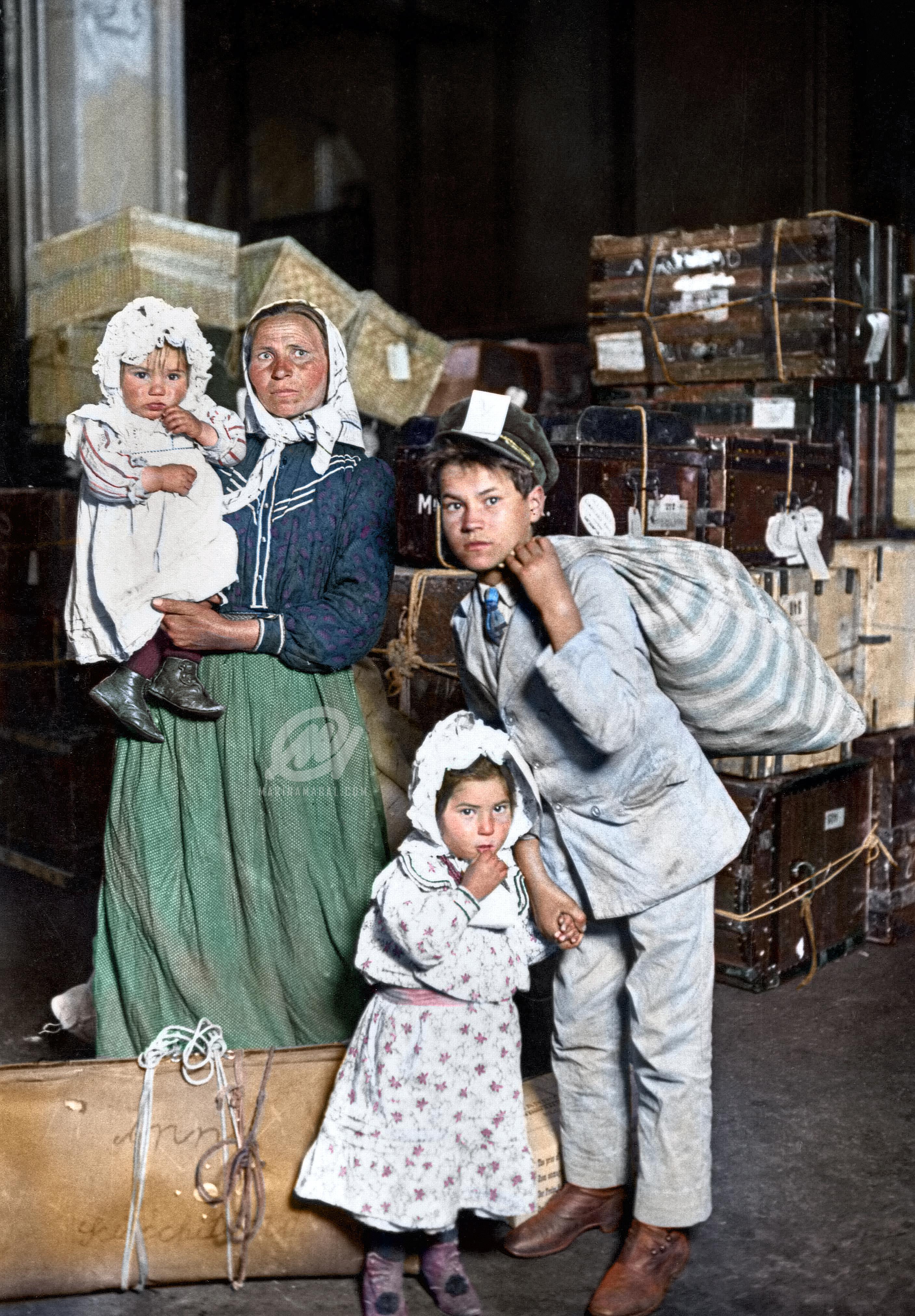 Italian Immigrants Arrive At Ellis Island Lost