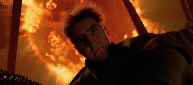 Fun Fact: The scene where Doctor Octopus dies involved very little CGI,  Alfred Molina actually sunk to the bottom of the river during this scene.  Spider-Man 2 was his final film. :