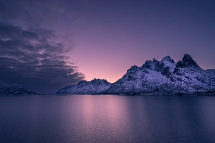 Lofoten, Norway (Photo credit to Pascal Debrunner) [6000 x 4000]