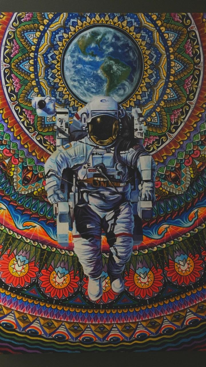 Astronaut the wallpaper