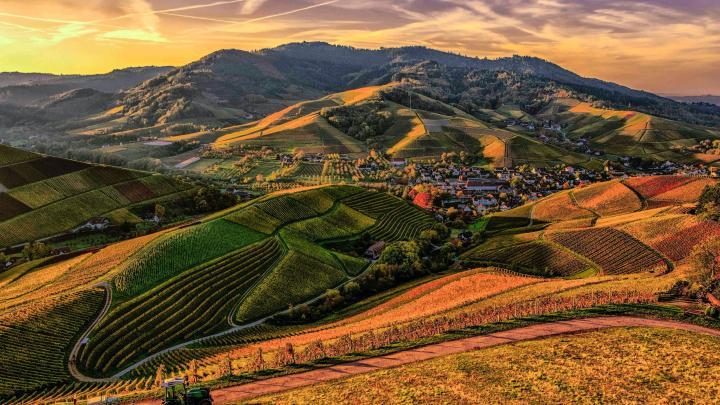 Hill view wallpaper. (3840*2160)
