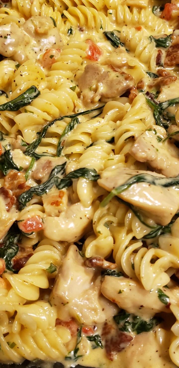 Chicken & Spinach Alfredo