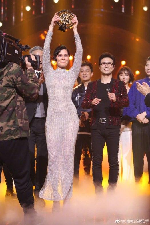 Znalezione obrazy dla zapytania Jessie J Wins Singer 2018