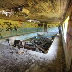 Dirty Swimming Pool Fancy A Dip 5184x3456 Abandonedporn