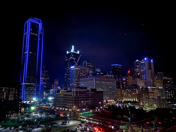 Downtown Dallas at night (Photo credit to Zack Brame) [4032 x 3024]