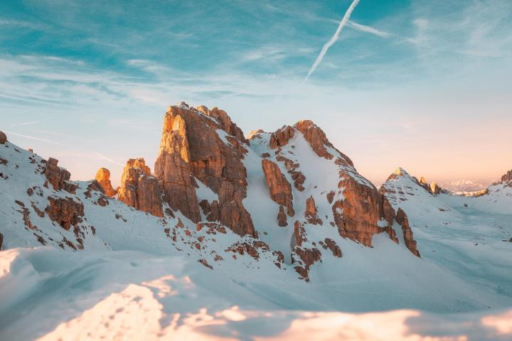 Peak Latemar, Italian Dolomites, southern view [5760×3840]