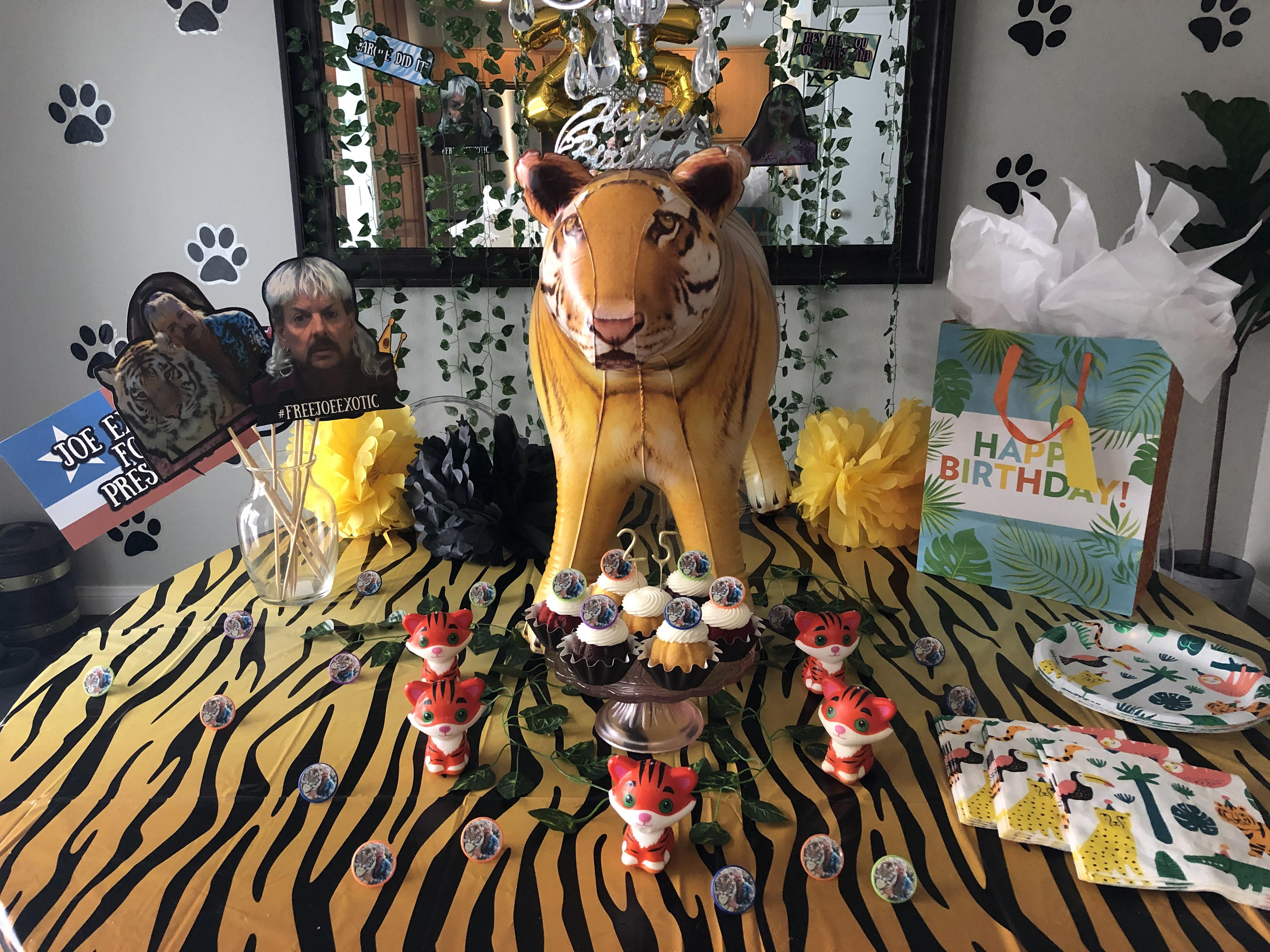My Mom Threw Me A Tiger King Party For My 25th Birthday In Quarantine Tigerking