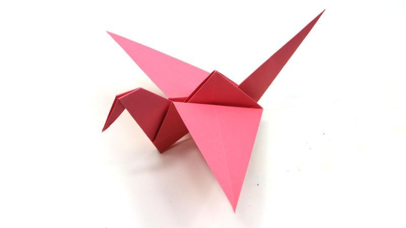 Origami Flapping Bird : papercraft