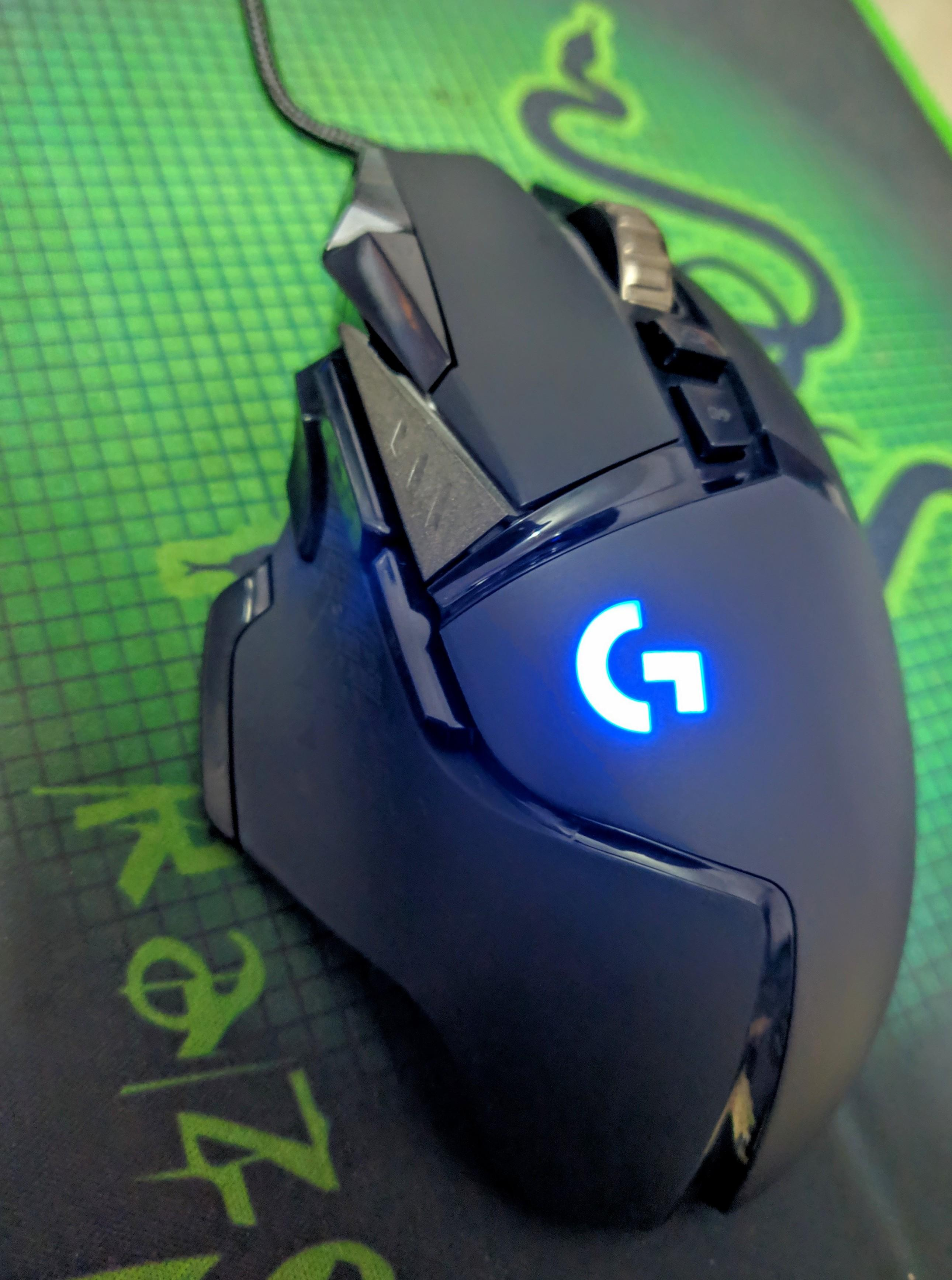 grabbed a logitech g502 hero from the