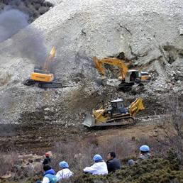 https://i2.wp.com/i.res.24o.it/images2010/SoleOnLine5/_Immagini/Notizie/Asia%20e%20Oceania/2013/03/minatori-tibet-258.jpg