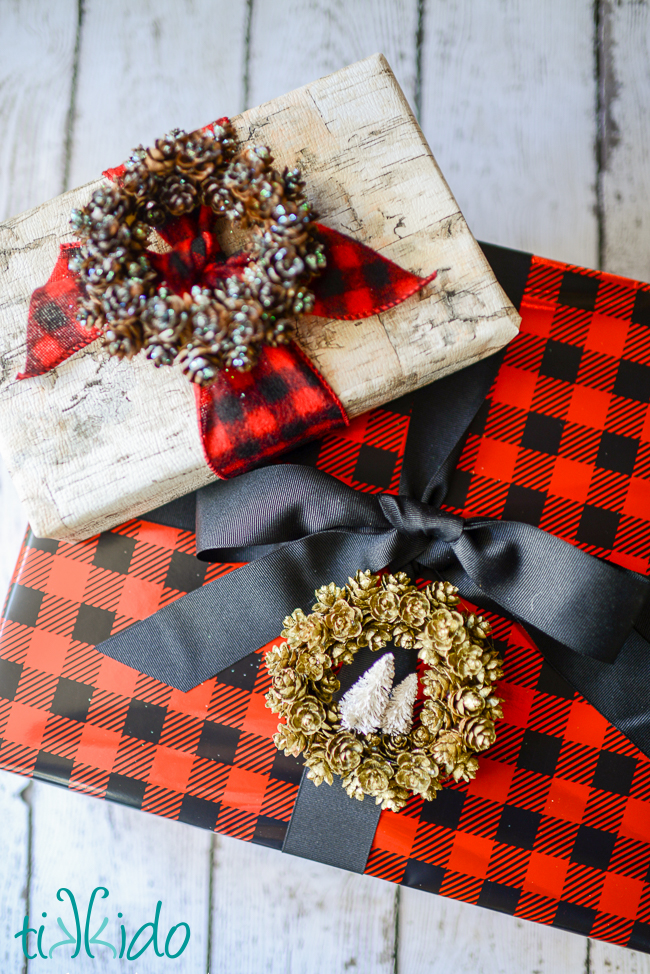 DIY Pinecone Wreath Ornament Tag For Christmas Shelterness
