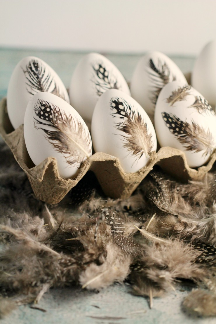 Scandinavian Style Easter DIY Feather Easter Eggs