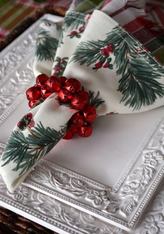 27 Cute Christmas Napkin Rings To Polish The Table Decor