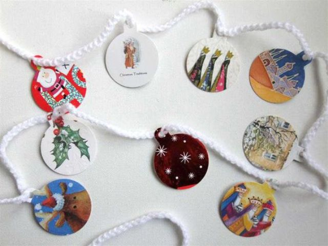 20 Brilliant Ideas To Recycle Old Christmas Cards